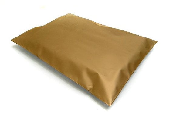 Metallic Gold Plastic mailing A4 envelopes